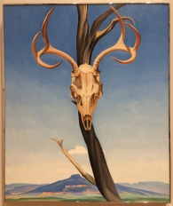 "Georgia O'Keefe, ""Deer's Skull with Pedernal"" 1936"