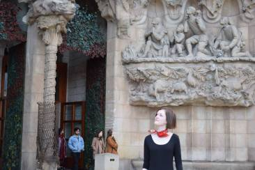 Eliza at La Sagrada Familia